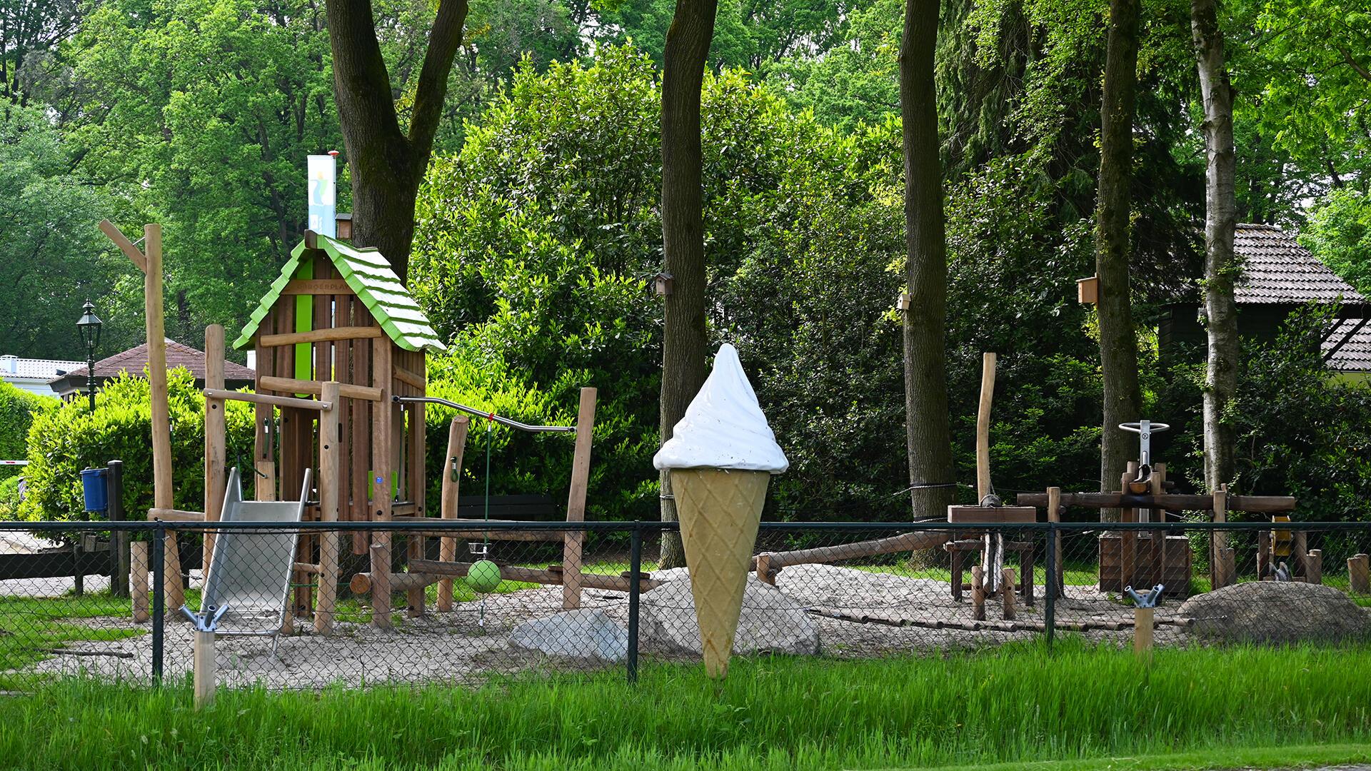natuurlijke speelplek familiepark